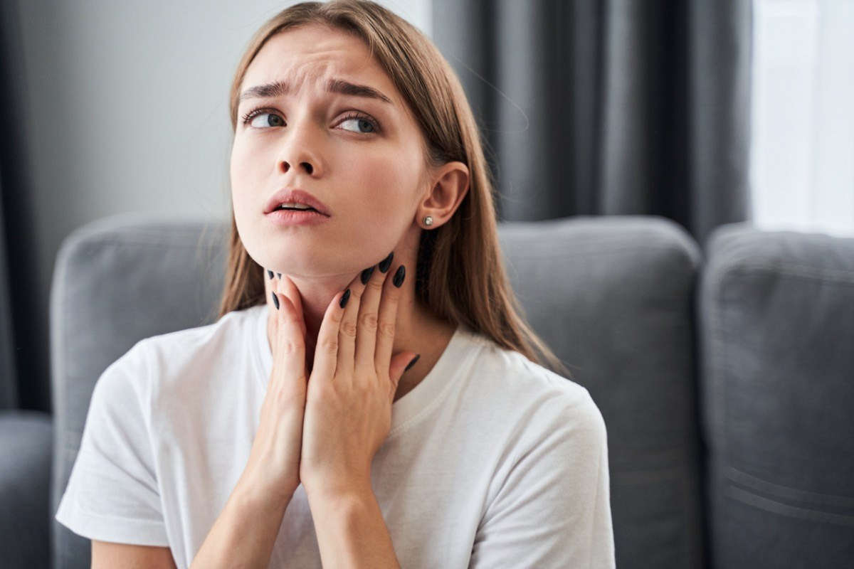 9 Home Remedies For Coughs Curb A Sore Throat